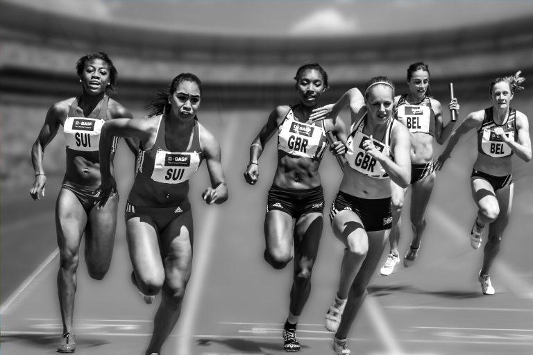 people-running-during-daytime-33703